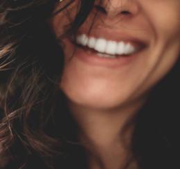 sourire_woman_face_sourire